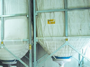 Silozuri interioare din material textil antistatic tip TREVIRA m